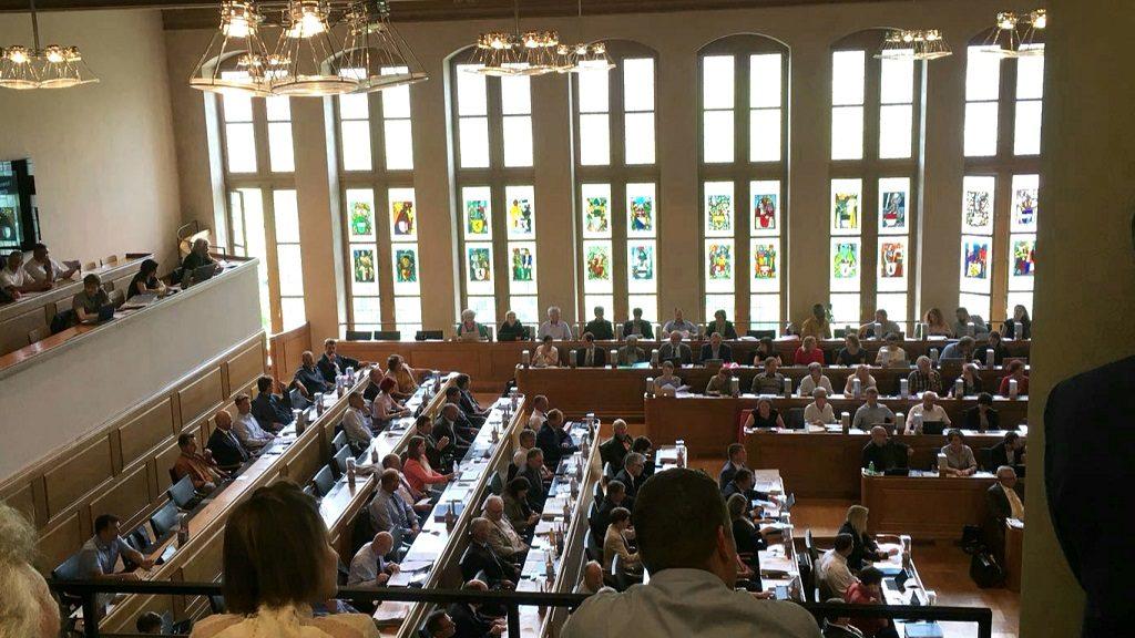 Die Grossräte im Grossratssaal